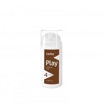 PLAY è un colorante diretto per capelli ideale per arricchire il tuo look con un tocco trendy tutto personale.